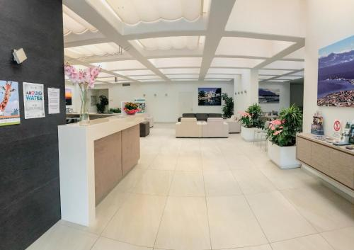 The lobby or reception area at Hotel Residence Holiday