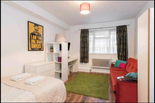 London Wingrad House Property For 9 Person