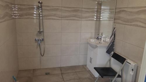 Salle de bains dans l'établissement Insolite zénitude