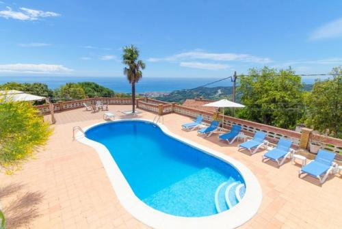 The swimming pool at or near Calella Villa Sleeps 8 Pool WiFi