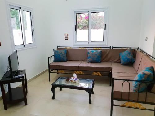 A seating area at Marhaba Guest House