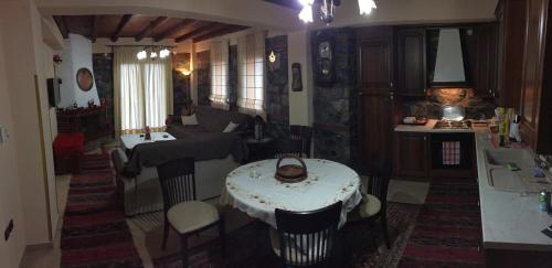 Εστιατόριο ή άλλο μέρος για φαγητό στο Ξενώνας Εύα