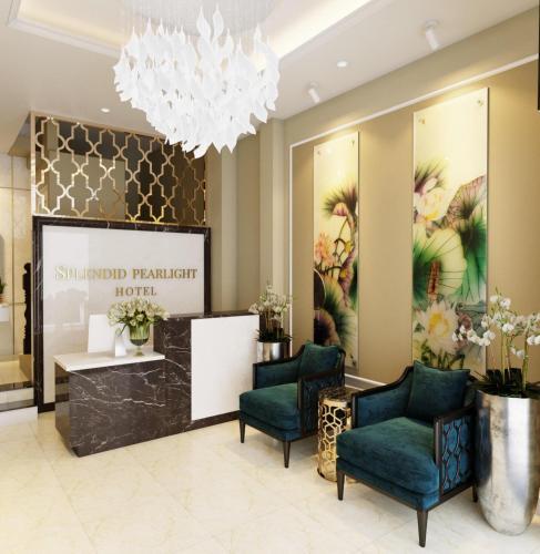 The lobby or reception area at 7S Hotel Splendid Pearlight Hanoi