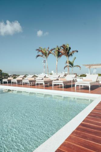The swimming pool at or near Antera Hotel & Residences