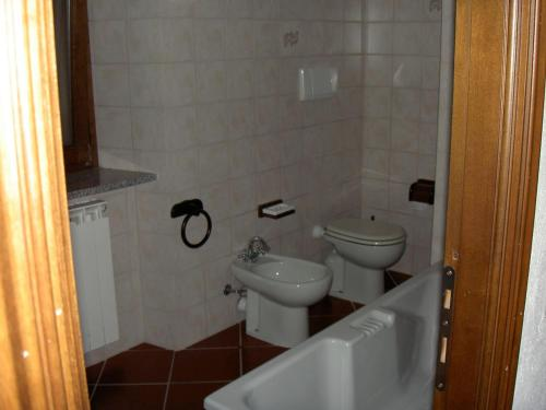 Vannas istaba naktsmītnē Bricco di Sant' Eufemia