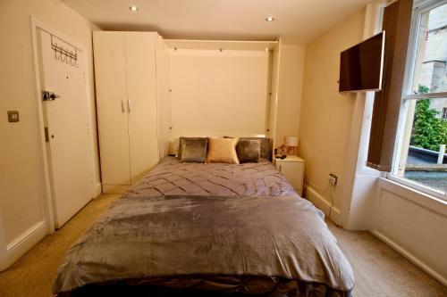 Stylish & Cosy Studio Apartment Near Town Centre