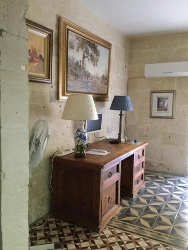 A kitchen or kitchenette at V. B. Apartments