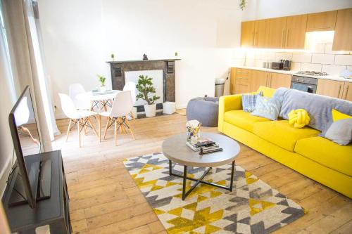 Cosmos Apartment In Hackney