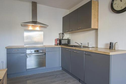 Cuisine ou kitchenette dans l'établissement Luckey Homes - Rue des Teinturiers