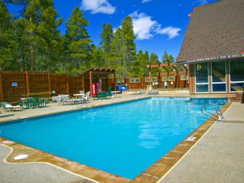 The swimming pool at or near Los Pinos by Wyndham Vacation Rentals