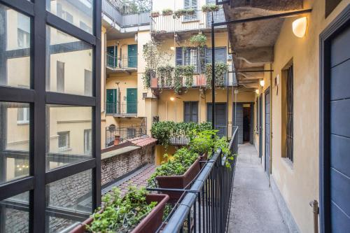 A balcony or terrace at LIVING MILAN - VIA BRERA 23