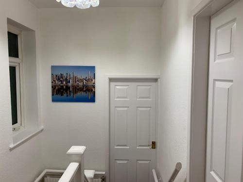 Westbourne House Serviced Apartment