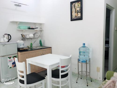 Кухня или мини-кухня в ROSE APARTMENT