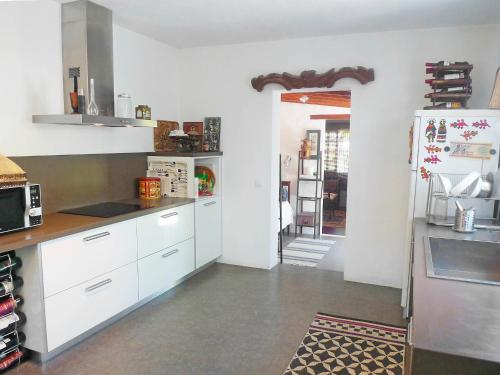 A kitchen or kitchenette at Holiday Home Casita del Palmeral