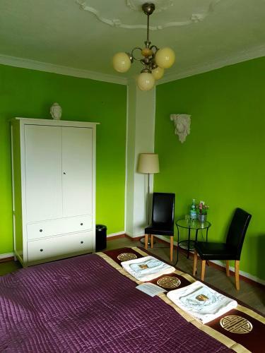 Кровать или кровати в номере StayInCologne