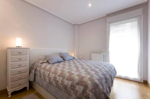Cama o camas de una habitación en Urumea 3
