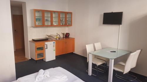 Cucina o angolo cottura di Opera Loft Apartments