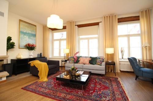 Seating area sa Tallinn City Apartments Old Town Toompea