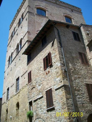 Guest House La Torre Nomipesciolini