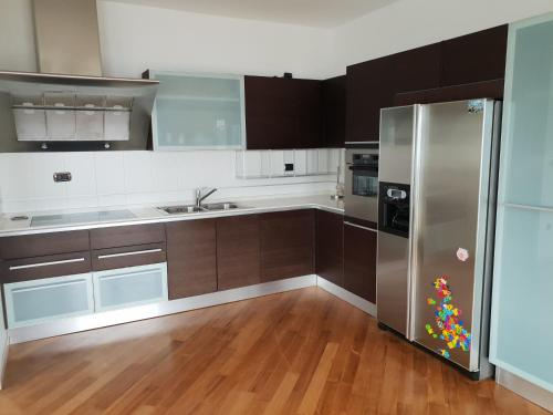 Kuhinja ili čajna kuhinja u objektu Apartmani Svetionik