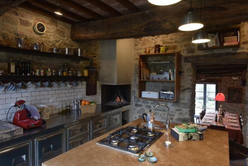 A kitchen or kitchenette at Casale Monticchio