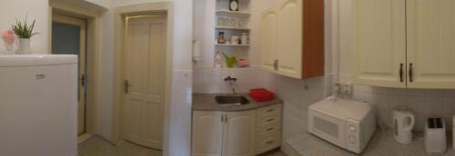 A bathroom at Apartmán v centru Písku