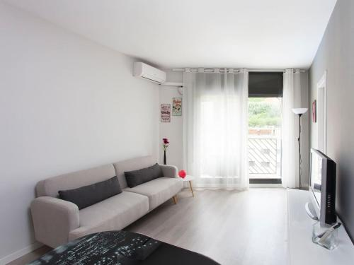 A seating area at New apartment close to Plaça Espanya