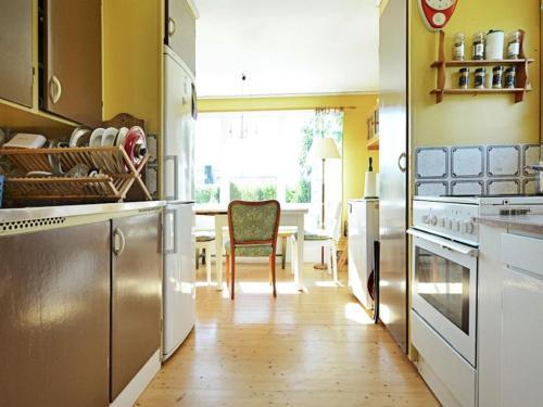 Ett kök eller pentry på Holiday Home Lanna