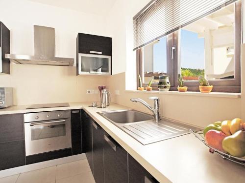 Küche/Küchenzeile in der Unterkunft Villa KPPOS18
