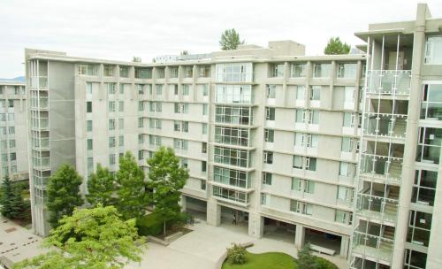 Simon Hotel at Simon Fraser University