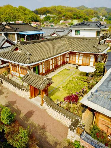 hanok hyeyum jeonju south korea booking com rh booking com