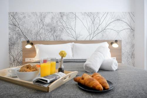 Breakfast options available to guests at Aspasios Atocha Apartments