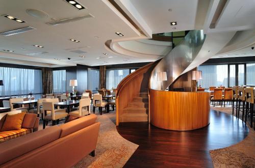 photo of 半島怡東酒店(Peninsula Excelsior Hotel) | 新加坡政府大廈(City Hall, Singapore)