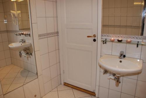 A bathroom at Central City Apartments
