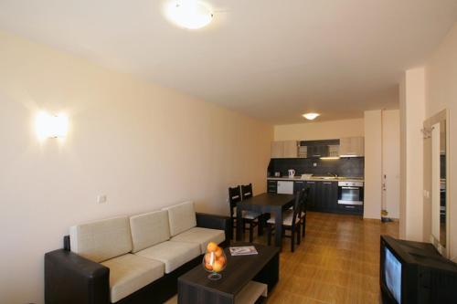 A seating area at Magic Dreams Apartments