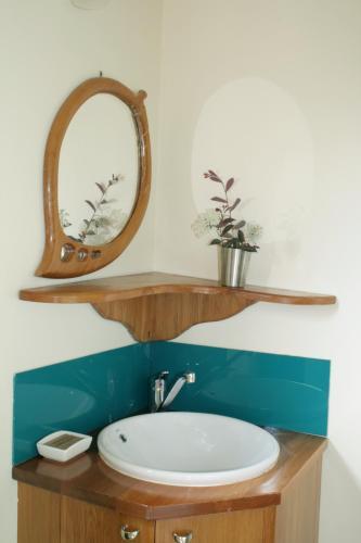 Ένα μπάνιο στο Joya Garden & Villa Studios