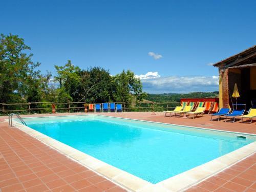 The swimming pool at or near Locazione turistica Melograni