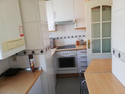 A kitchen or kitchenette at ATICO DUPLEX RETIRO PACIFICO