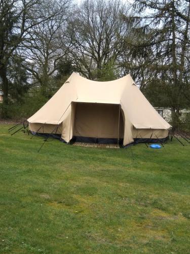 1df6b84da4c45f Camping Tent-Ok Meppen (Nederland Meppen) - Booking.com