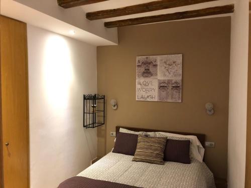 Cama o camas de una habitación en Top Barcelona Apartments