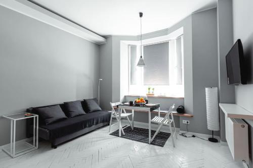 Ein Sitzbereich in der Unterkunft Elegant Apartment - Prestigious Neighbourhood - Netflix