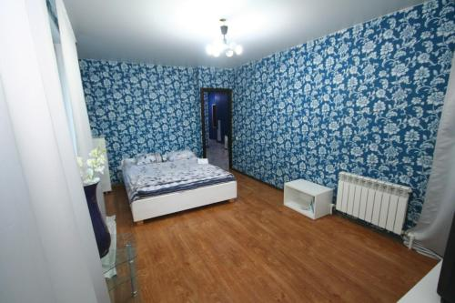 A bed or beds in a room at Eka-apartment near centr