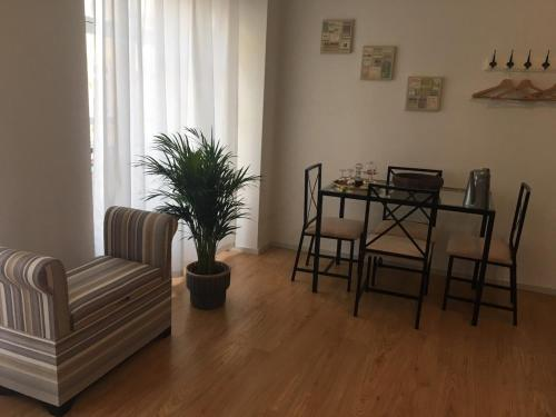 A seating area at Oporto Santa Catarina Apartments
