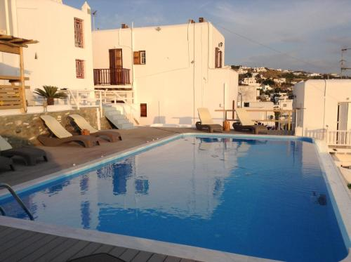 The swimming pool at or near Seatinview Lodges