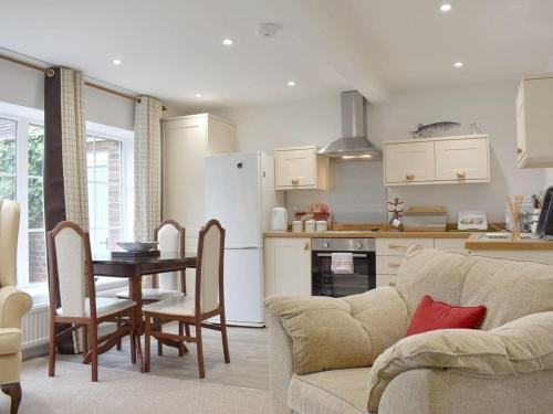 A kitchen or kitchenette at Perrys