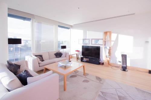 Luxury Penthouse Apartment In Oxford Street