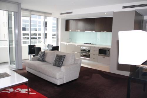 Wyndel Apartments St Leonards - Pacific