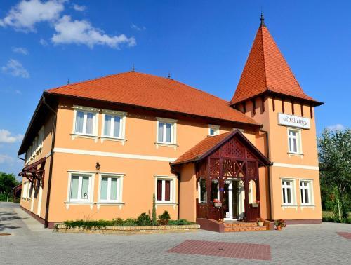 Villa Larus