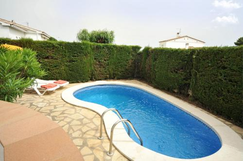 The swimming pool at or near Olivera