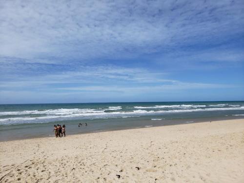 Pantai di atau di dekat apartemen